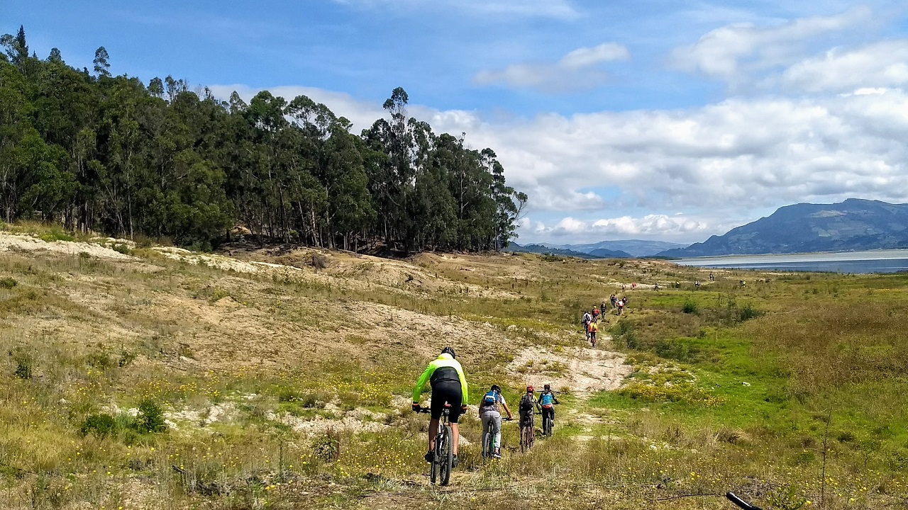 trail builders colombia